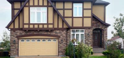 maison et acrylique extérieur